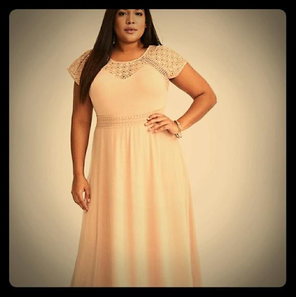 9a5b7d9c2 torrid Dresses | Nwt Blush Crochet Yoke Maxi Dress Sz 2short | Poshmark